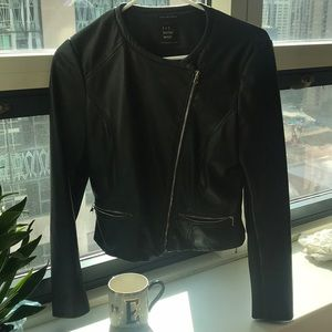 Zara leather jacket Size Medium